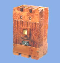 automatic three-phase circuit breakers A3790