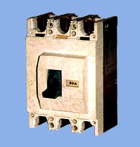 automatic three-phase circuit breakers VA51 and VA52